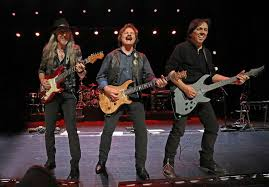 """The Doobie Brothers Release """"Rockin' Down The Highway"""" Live!"""