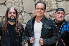 "Neal Morse, Mike Portnoy & Randy George Release A Cover Of Gerry Rafferty ""Baker Street""!"